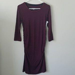 🔆NWT Liz Lange Maternity Striped T-shirt Dress